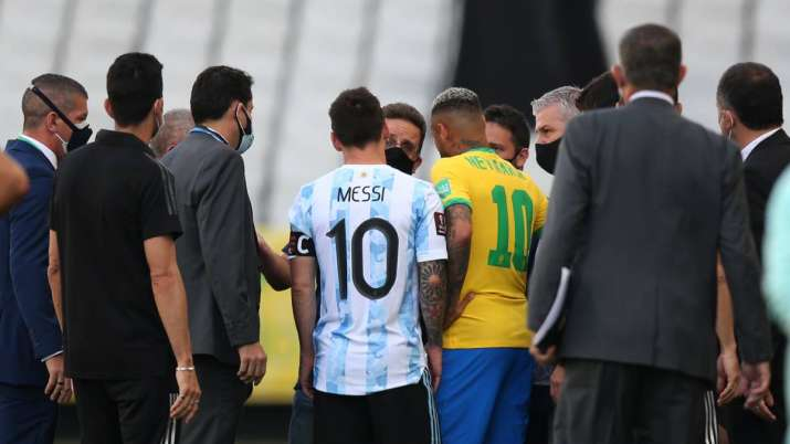ยกเลิกการแข่ง Argentina พบ Brazil เหตุการณ์วุ่นวาย